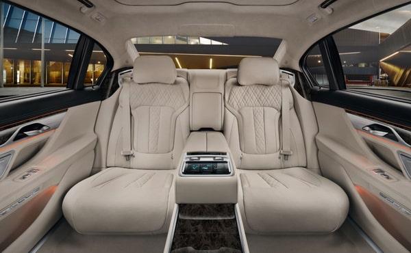 Автомобили бизнес класса с водителем