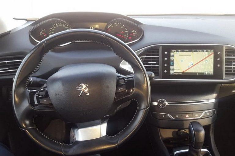 Peugeot_308_karavan-rent-a-car-3