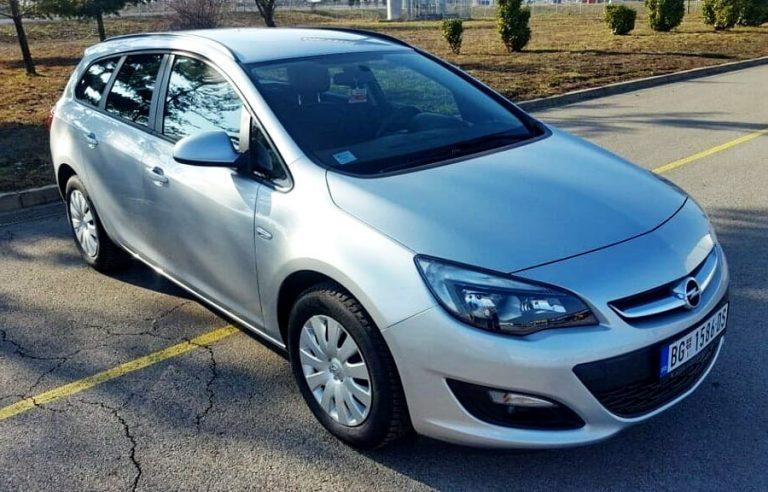Opel Astra J Karavan